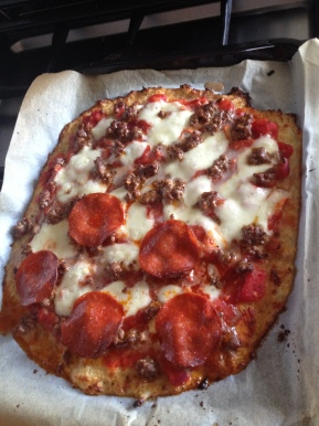 Cauliflower pizza base: gluten free, grain free, low carb