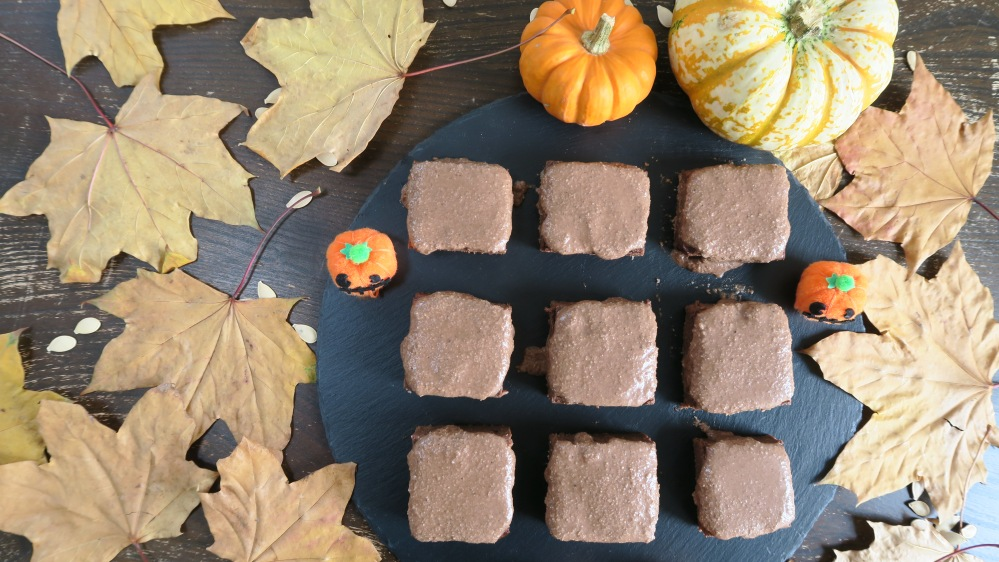 pumpkin spice brownies gluten free dairy free egg free refined sugar free